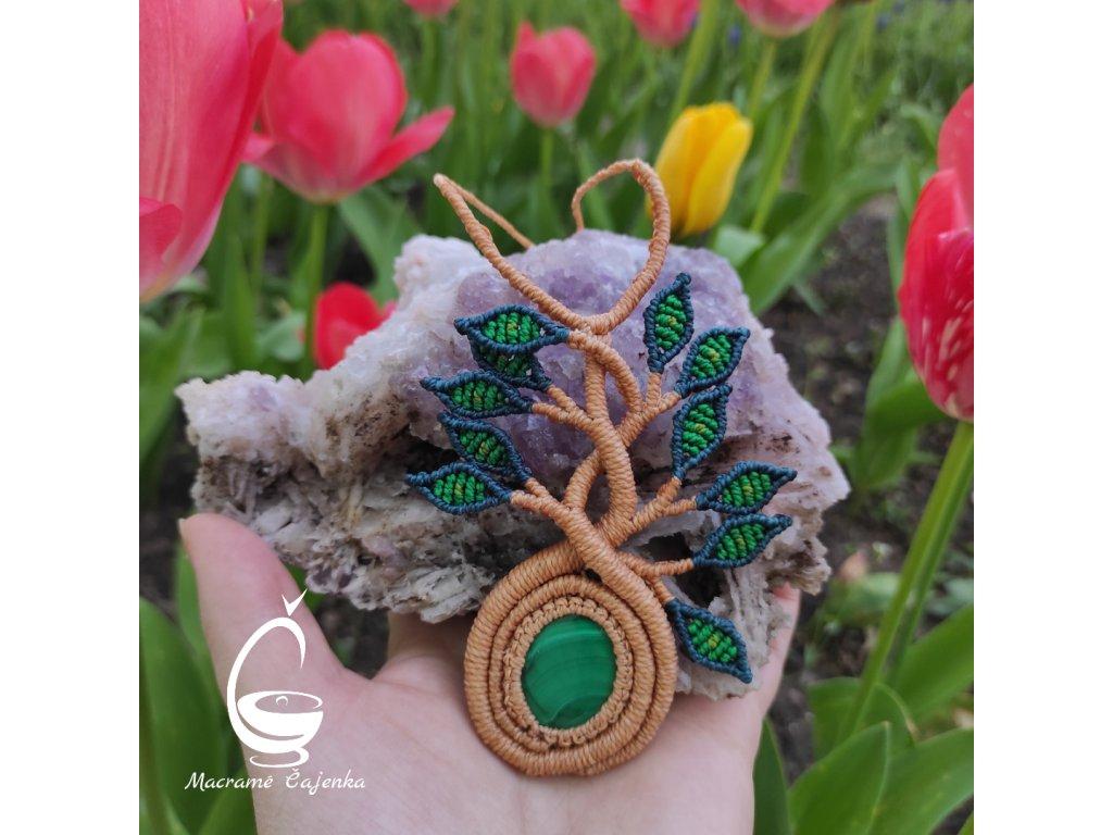 Malachit - zelené listy
