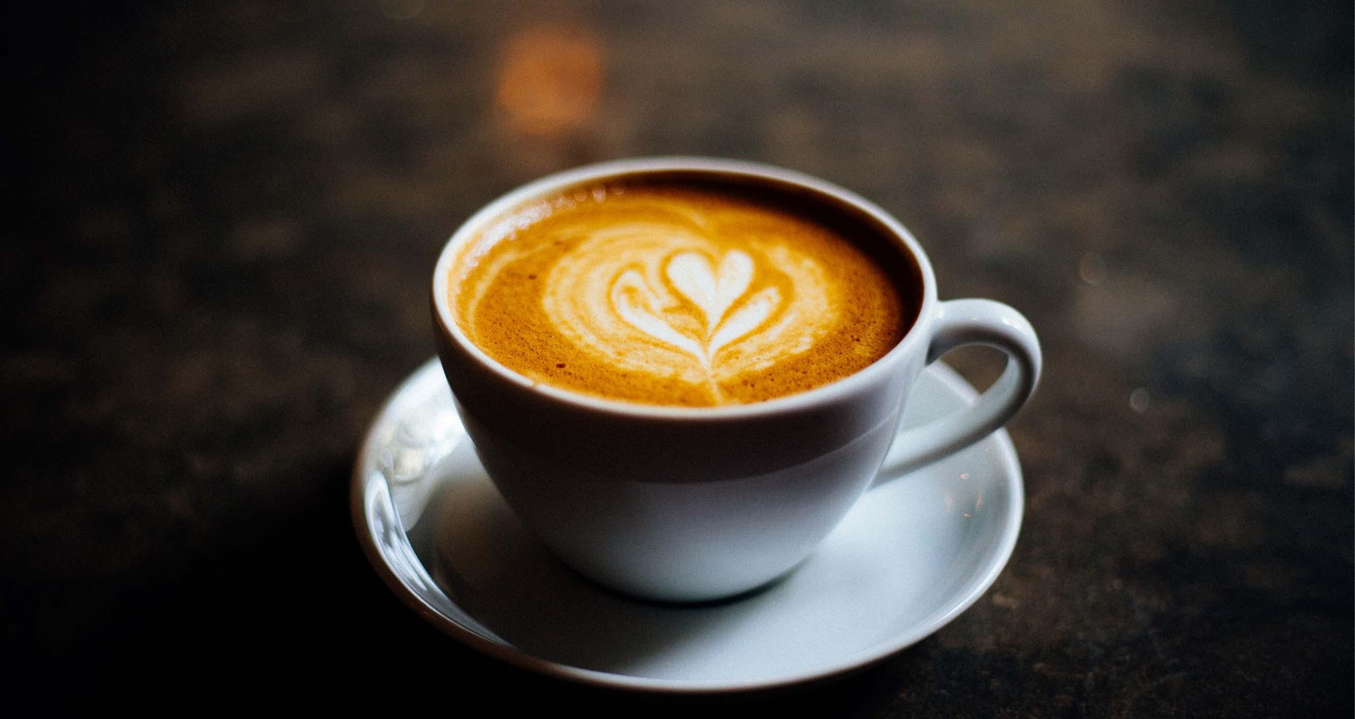Víte, jaký obsah kofeinu mají jednotlivé druhy kávy?