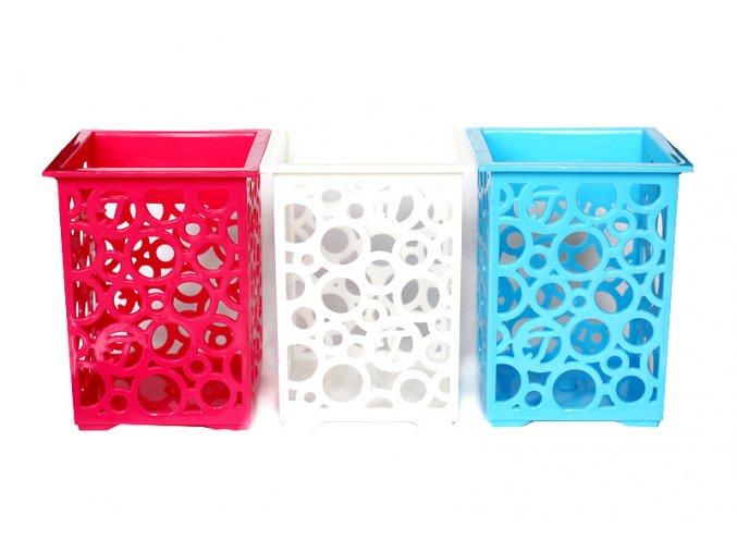 plastové stojánky na tužky mix 01