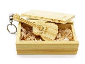 USB flash disk Kytara bambus 01