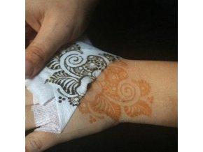 krycí páska na malování hennou