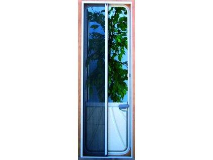 Dveře proti hmyzu s plisé