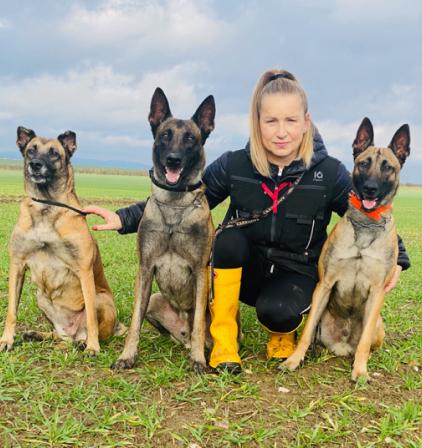 Dita a její belgičtí ovčáci