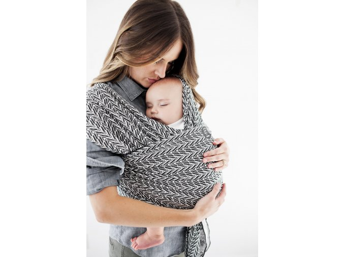moby wrap designs starry nights of salvador elasticky satek na noseni deti cerna bila