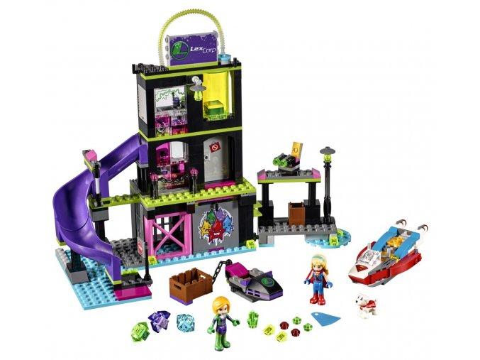 LEGO Super Heroes 41238 Lena Luthor a továrna na Kryptomit