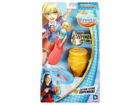 super hero girl letajici