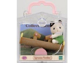 Sylvanian Families 5205 Minibox Kočička na dřevěné houpačce