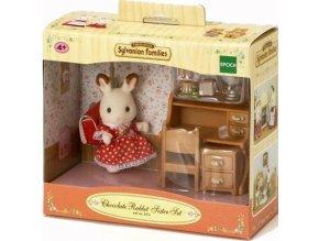 Sylvanian Families 5016 Sestřička čokoládových králíků u psacího stolu