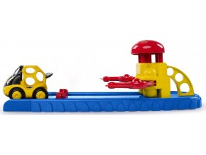 Oball Hračka autíčko se startovací rampou Go Grippers™ 18m+