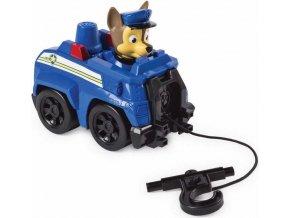 Tlapková patrola Chase a malé vozidlo s navijákem