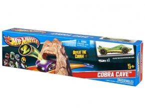 Hot Wheels Hrací sada Ohromný skok Jeskyně Kobry