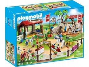PLAYMOBIL 70166 Velký parkur pro koně s mycím koutem