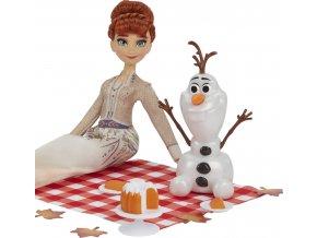 Ledové království 2 panenka ANNA a OLAF na podzimním pikniku