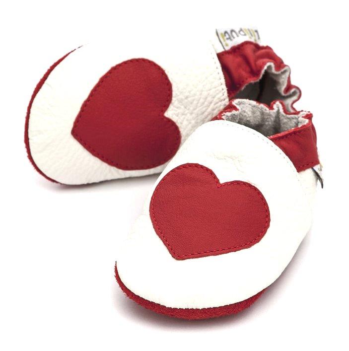 Liliputi kožené capáčky červené srdce bílé Velikost: EUR 19