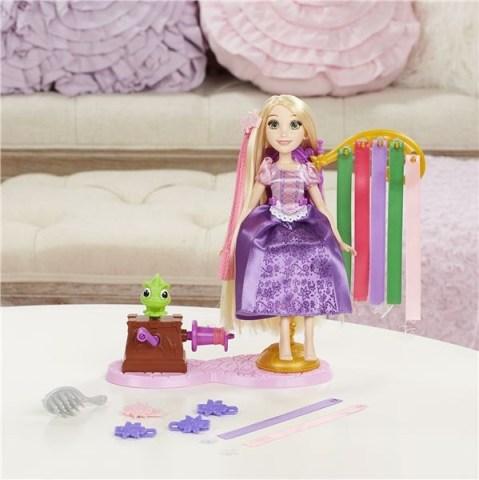 Disney Princess panenka s extra dlouhými vlasy a doplňky Locika Doprava zdarma Akční cena