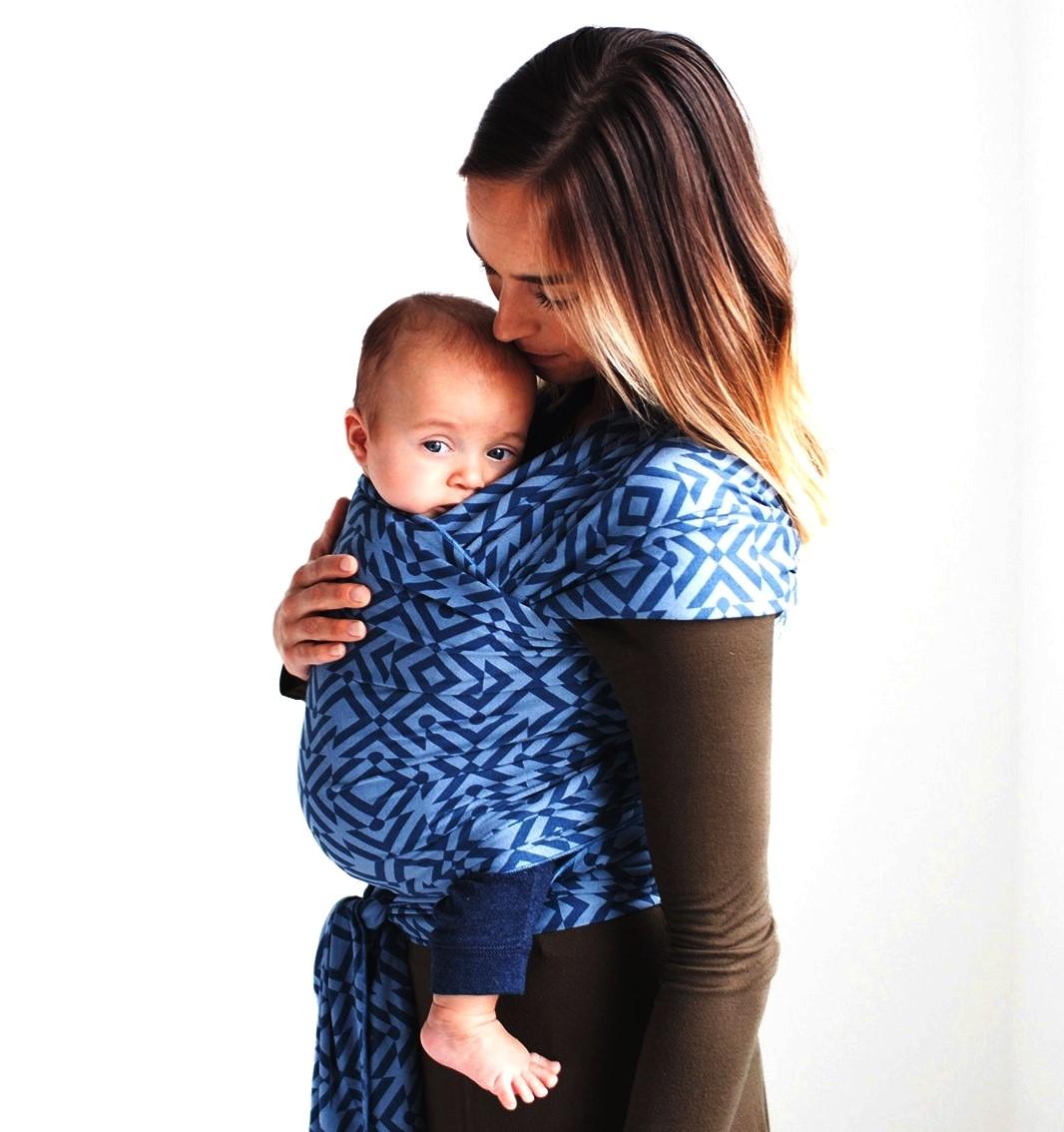 Moby Wrap elastický šátek Design Mazes of Milano Indigo Akční cena