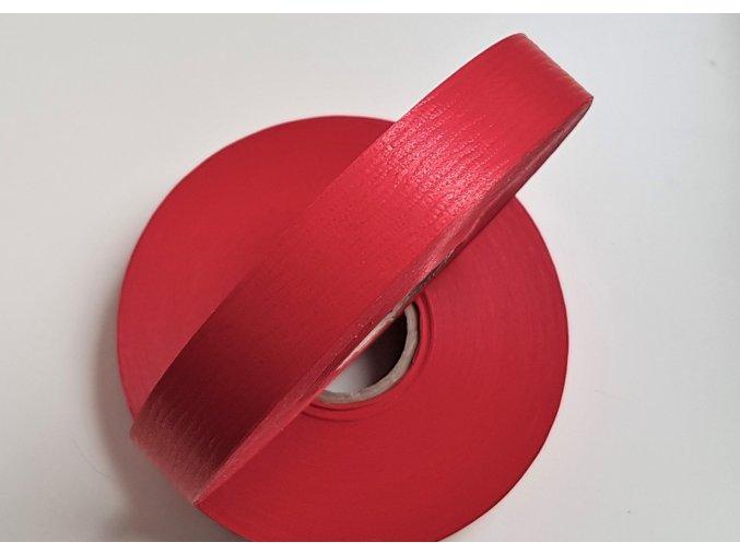 plastová stuha - červená - mat