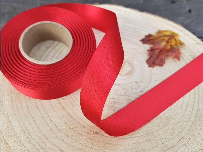 Saténová stuha - červená