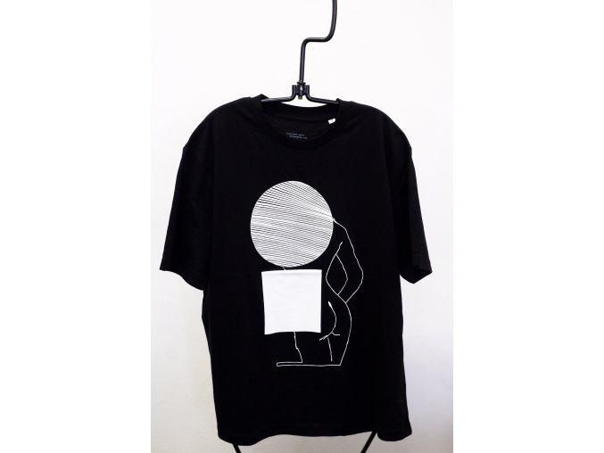 triko cerne ctverec 01