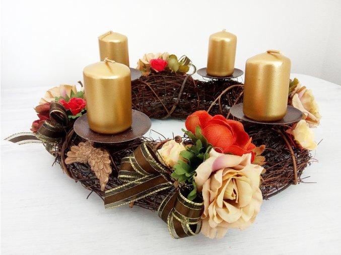 Adventní svícen na stůl