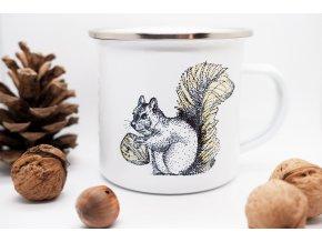 Plecháček s veverkou