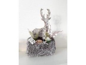 Vánoční dekorace s jelenem