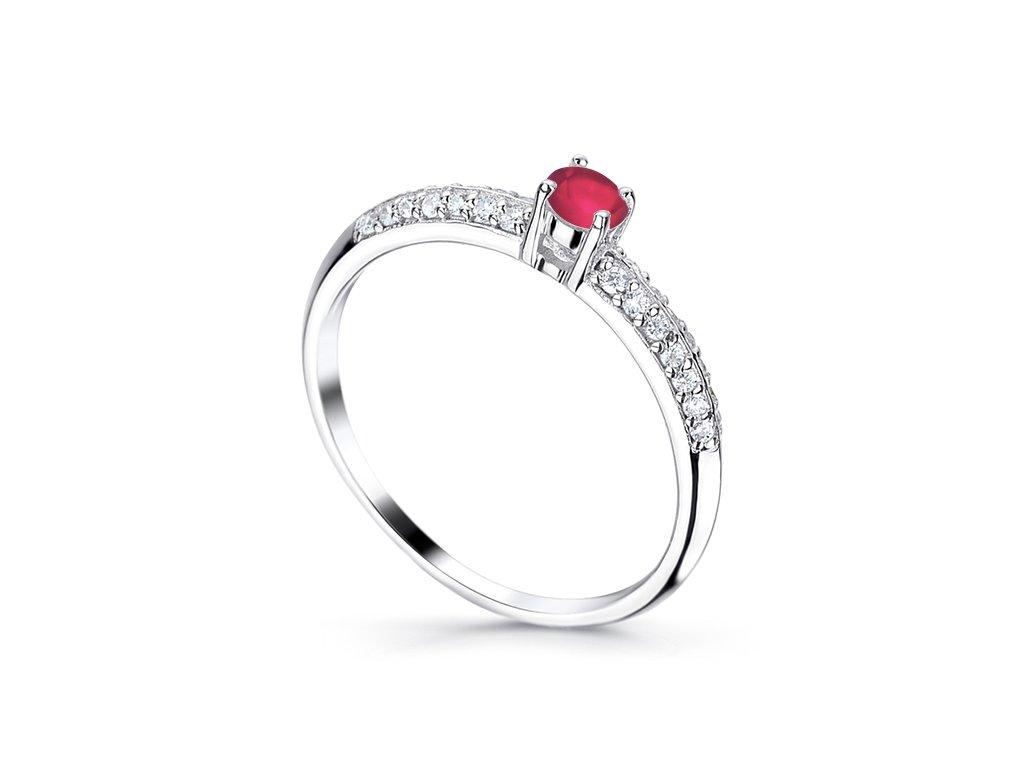 Prsteny s přírodními kameny