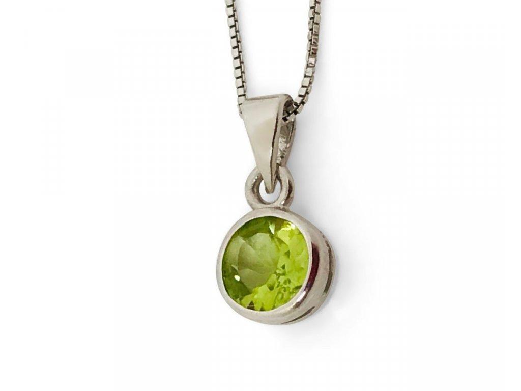 8903 stribrny prives s prirodnim olivinem gabriela