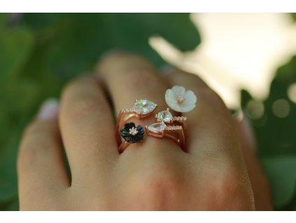 Stříbrný prsten DE LUXE z kolekce Srdce Zahrady
