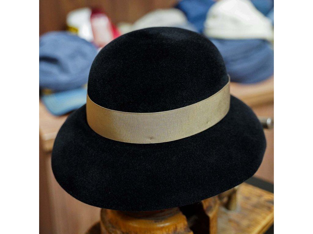 Dámský cloche černý klobouk Borsalino s béžovou stuhou - Audrey Velour