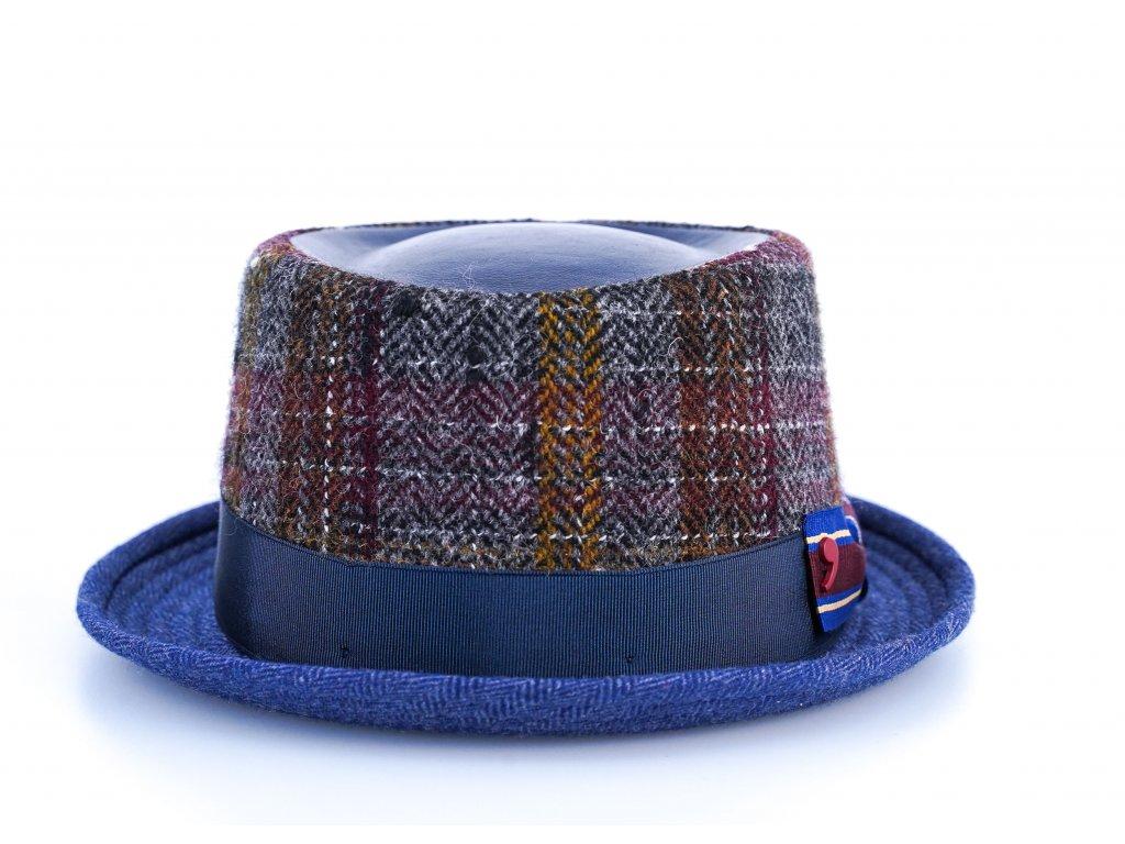 Vlněný látkový klobouk porkpie - Alfonso d'Este - ušní klapky - 25693