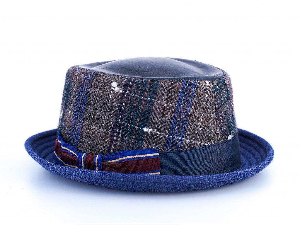 Vlněný látkový klobouk porkpie - Alfonso d'Este - ušní klapky - tvídová kostka - 25692