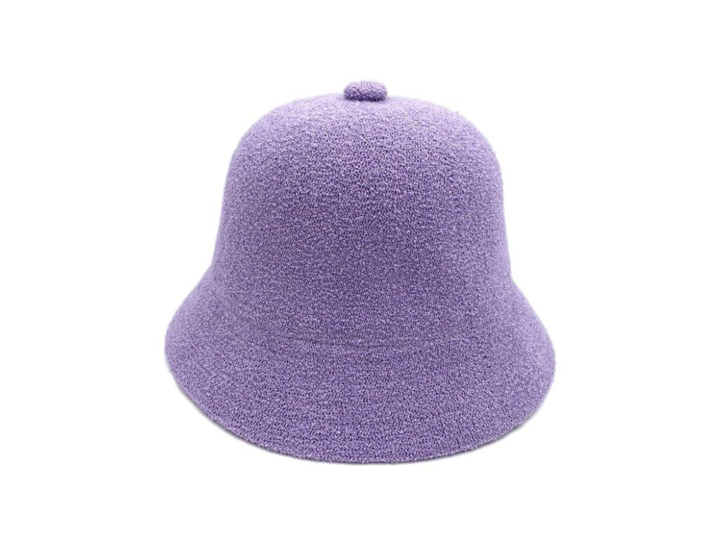 fialovy bucket hat