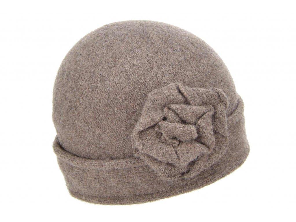 Vlněná dámská čepice od Seeberger