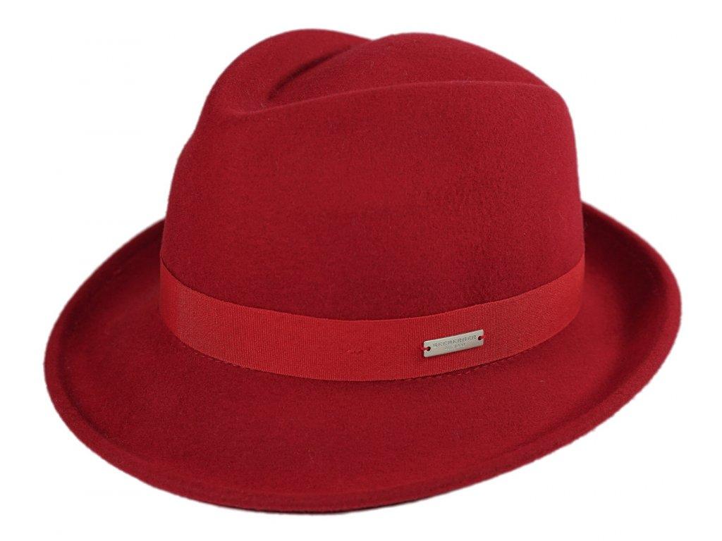 cerveny klobouk trilby
