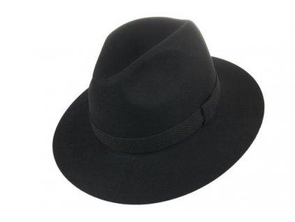 Decentní vycházkový černý klobouk, strukturovaná stuha - Tonak 100031