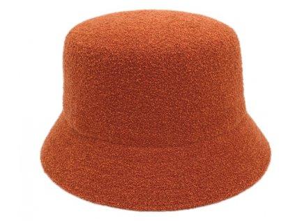 oranžový klobouk
