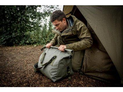 Trakker Nepromokavá taška na lehátko - Downpour Roll-Up Carryall