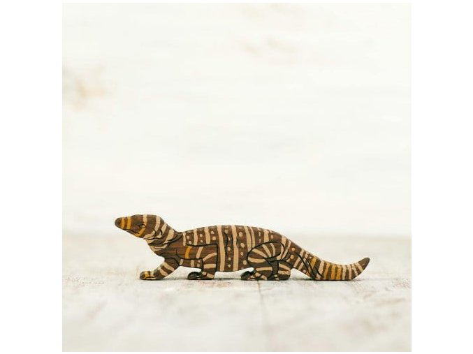 wooden toy goanna figurine