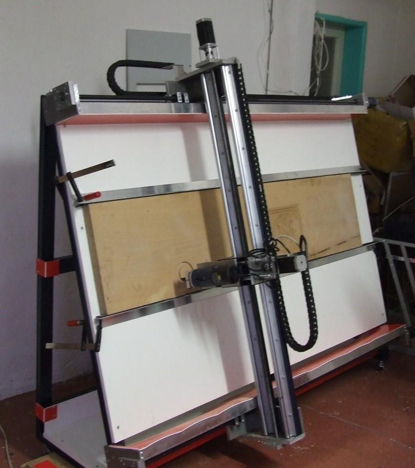 CauCau CNC Frézky řady KOMPAS H2000
