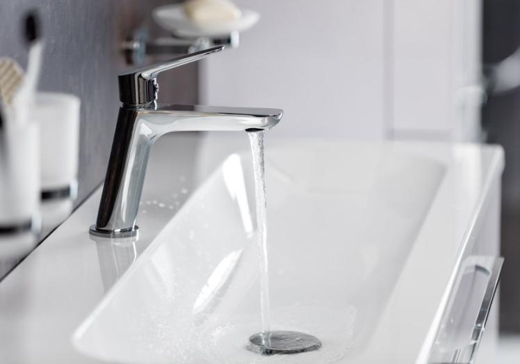 Jak vybrat umyvadlové, sprchové a vanové baterie do koupelny