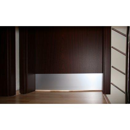 hliníkový eloxovaný MP - okopový plech na dveře, fóliovaný, samolepící
