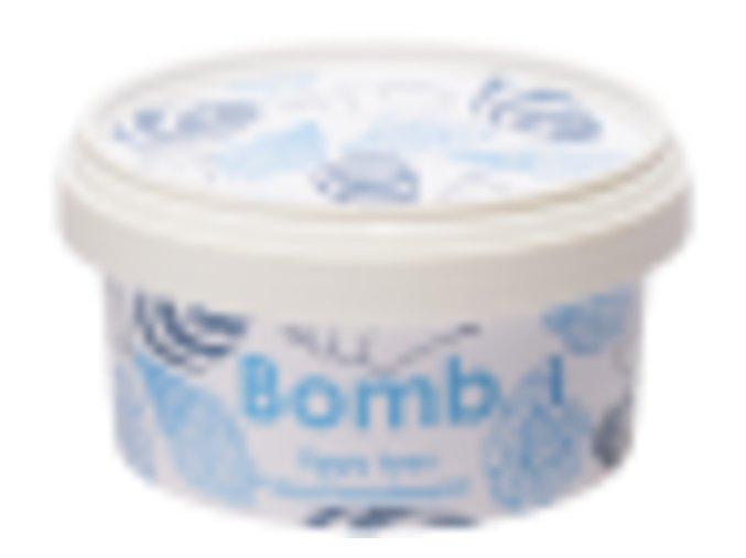 Toto máslo hluboce hydratuje, ošetřuje a regeneruje Vaše nohy.