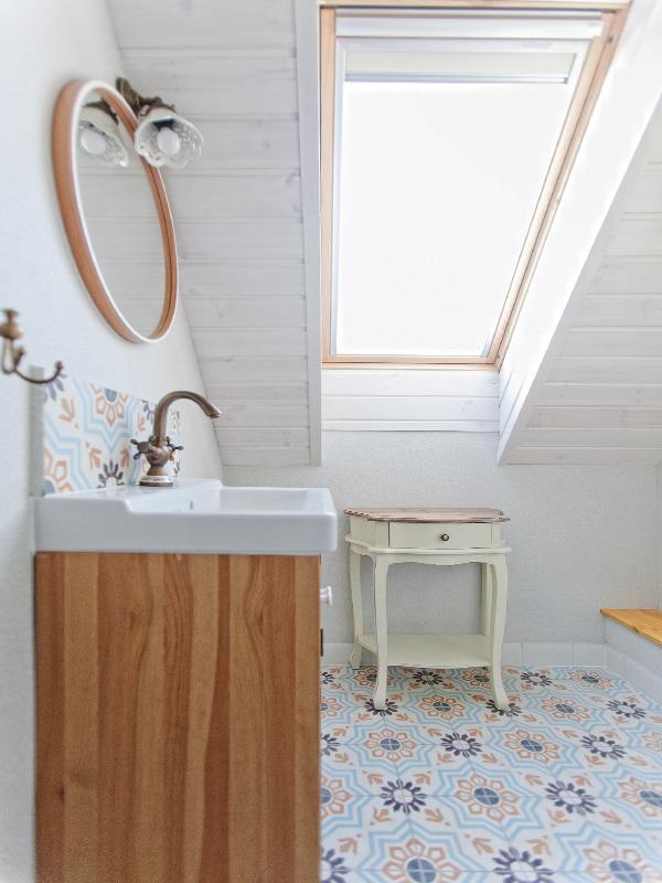 dlazba-cementova-koupelna