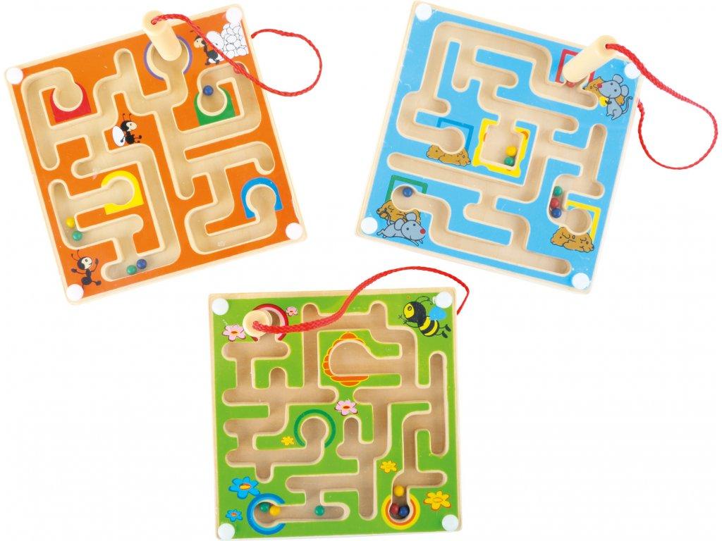 Dřevěný kuličkový magnetický labyrint 1 kus modrá Dřevěný kuličkový magnetický labyrint 1 kus modrá