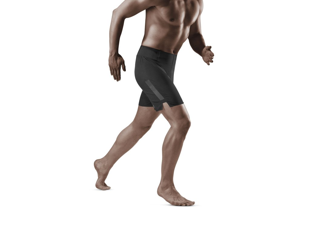 Run Loose Fit Shorts black m front model 1536x1536px