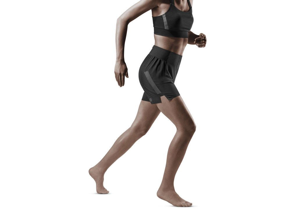Run Loose Fit Shorts black w front model 1536x1536px