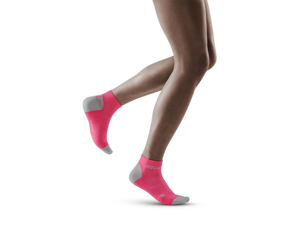 Run Low Cut Socks 3 0 rose lightgrey w front model 1536x1536px