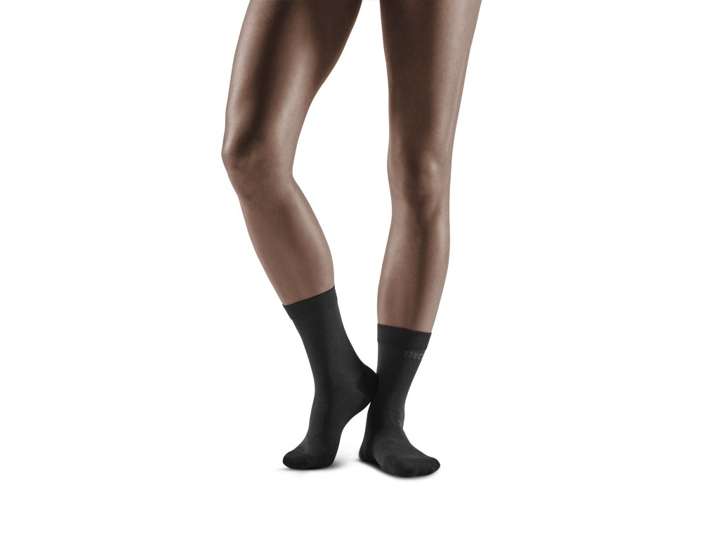 Business Mid Cut Socks black w front model 1536x1536px