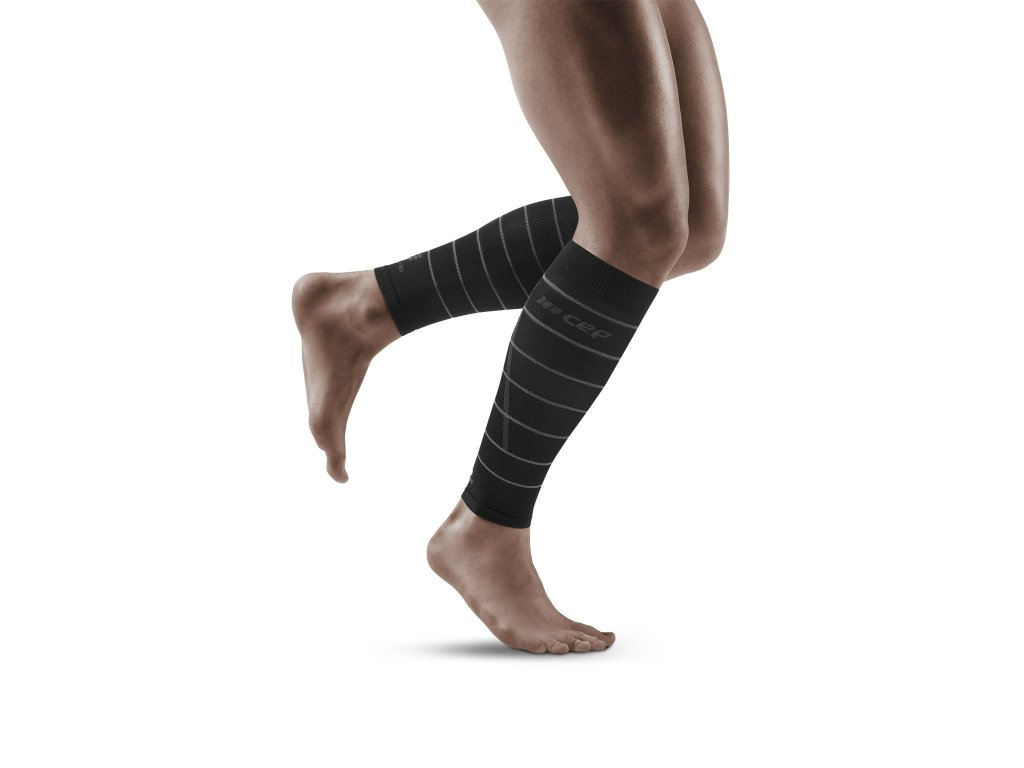 Reflective Calf Sleeves black m front model 1536x1536px
